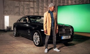 Labrinth filming his new music video with a Rolls-Royce Wraith