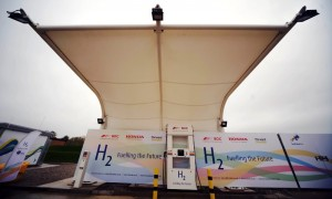 Solar-powered hydrogen refuellling at Swindon