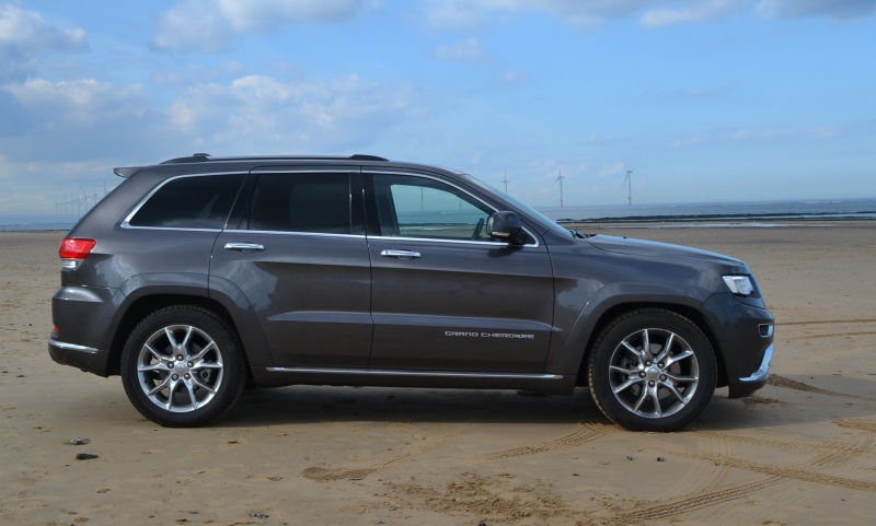 jeep grand cherokee summit review automotive blog. Black Bedroom Furniture Sets. Home Design Ideas