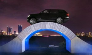 Range Rover paper bridge stunt