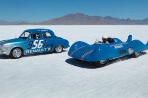 Renault ETOILE FILANTE AND RENAULT DAUPHINE at Bonneville