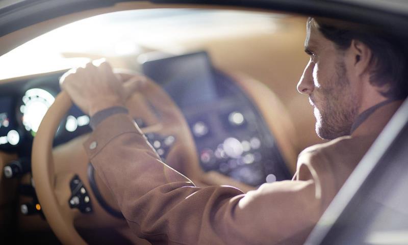 Aston Martin and menswear retailer Hackett anounce new partnership