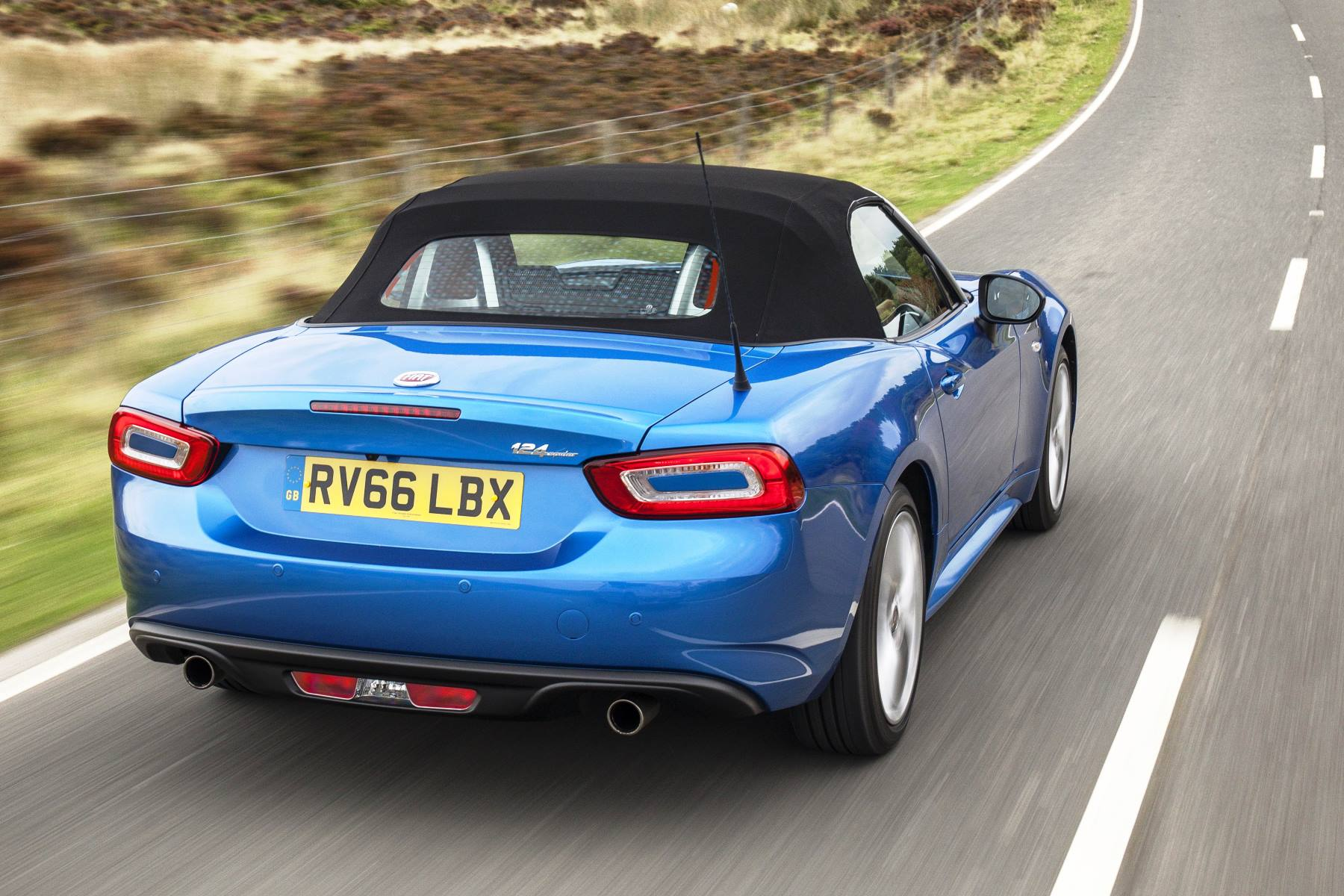 fiat 124 spider review automotive blog. Black Bedroom Furniture Sets. Home Design Ideas