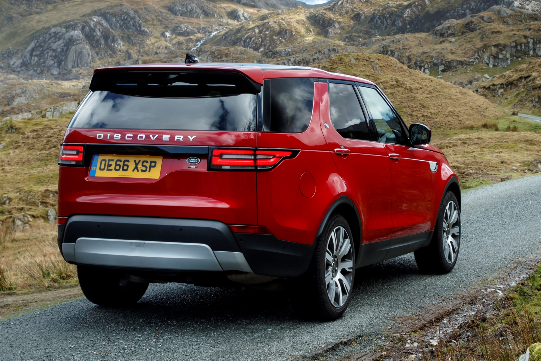 Land Rover Discovery Review Automotive Blog