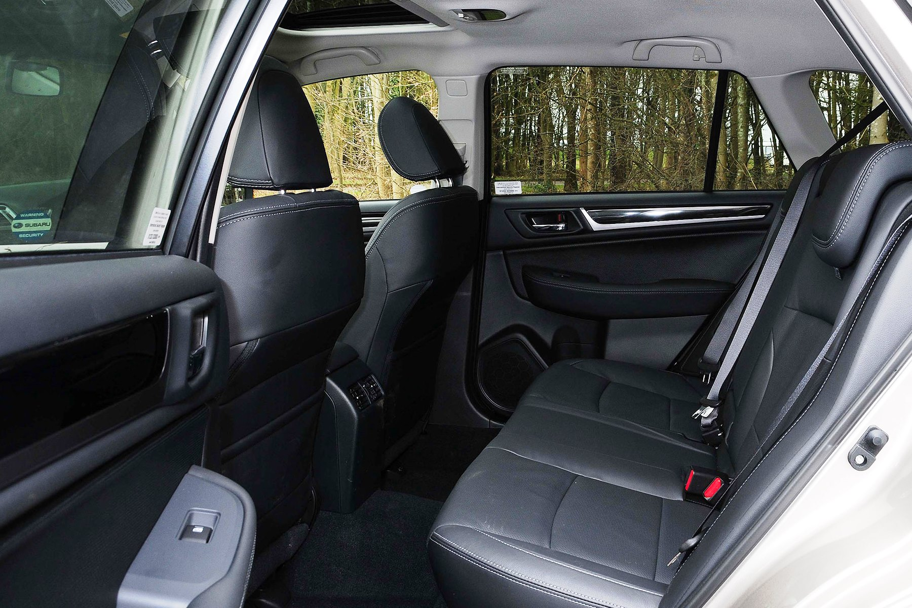 subaru outback review automotive blog. Black Bedroom Furniture Sets. Home Design Ideas