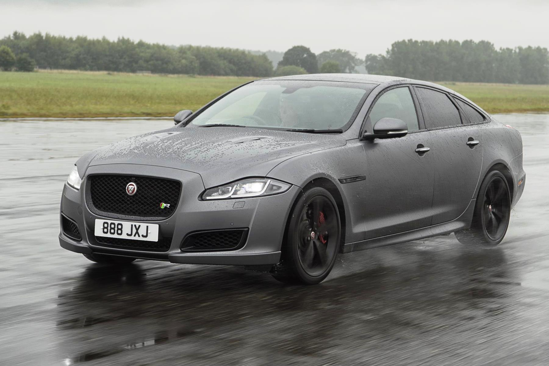 Jaguar updates XJ with new technology for 2018
