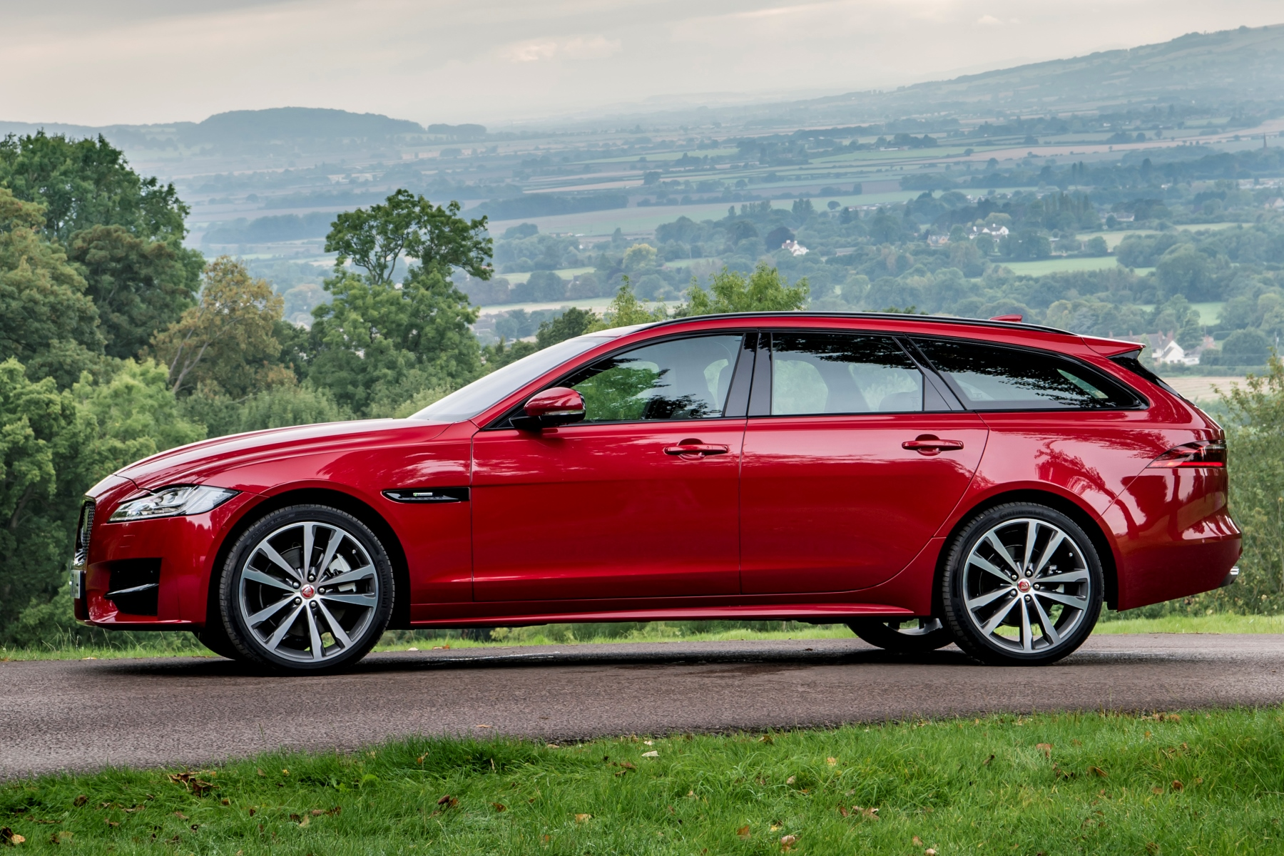 Jaguar Xf Sportbrake Review Automotive Blog