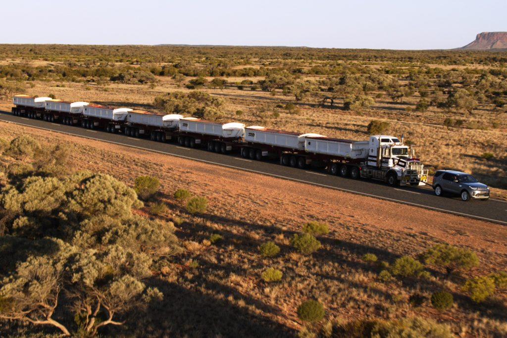 Land Rover tows 110-tonne Aussie 'Road Train'