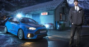 Ford Focus RS taxi driver