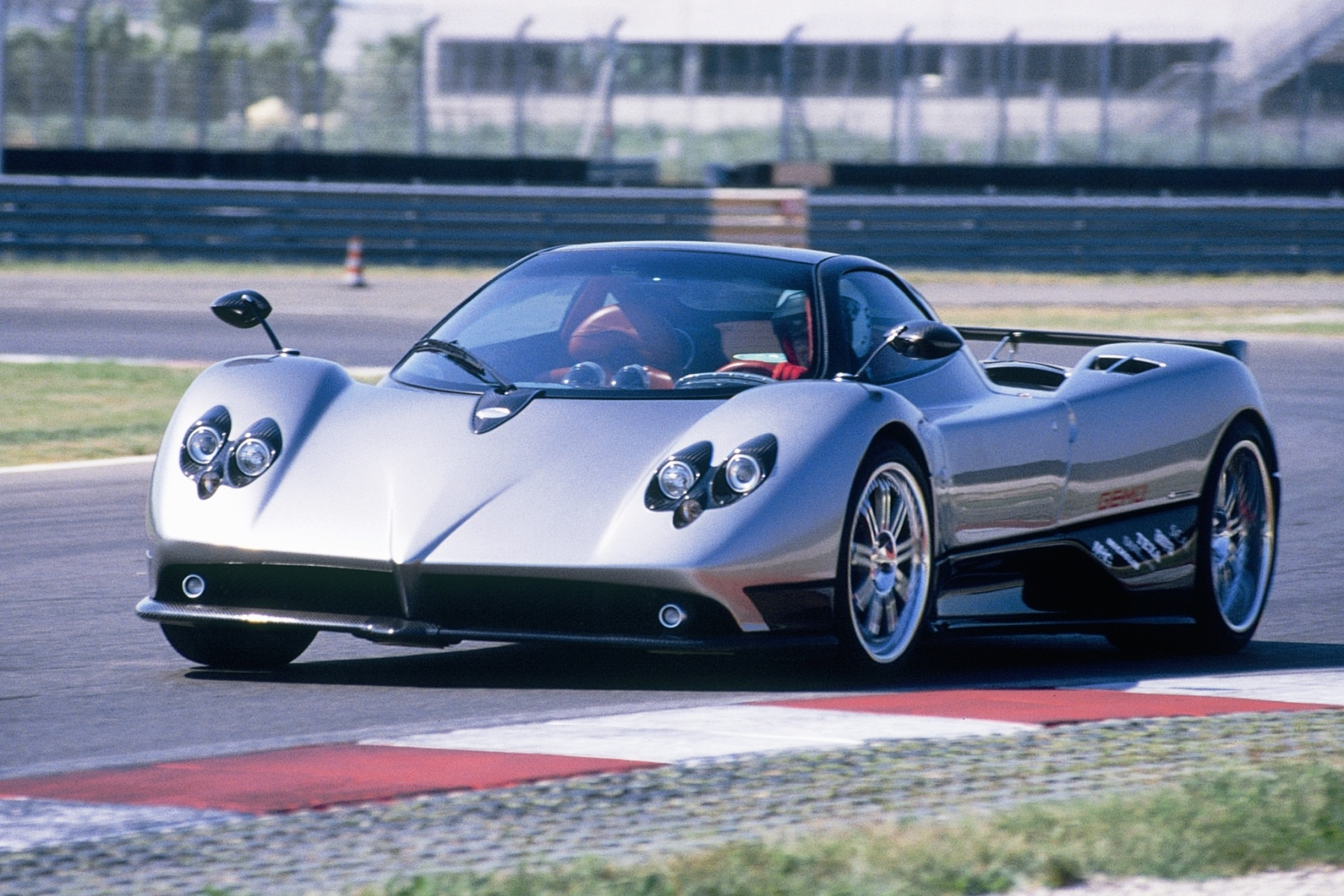 Pagani Zonda is UK's fantasy car purchase – Automotive Blog