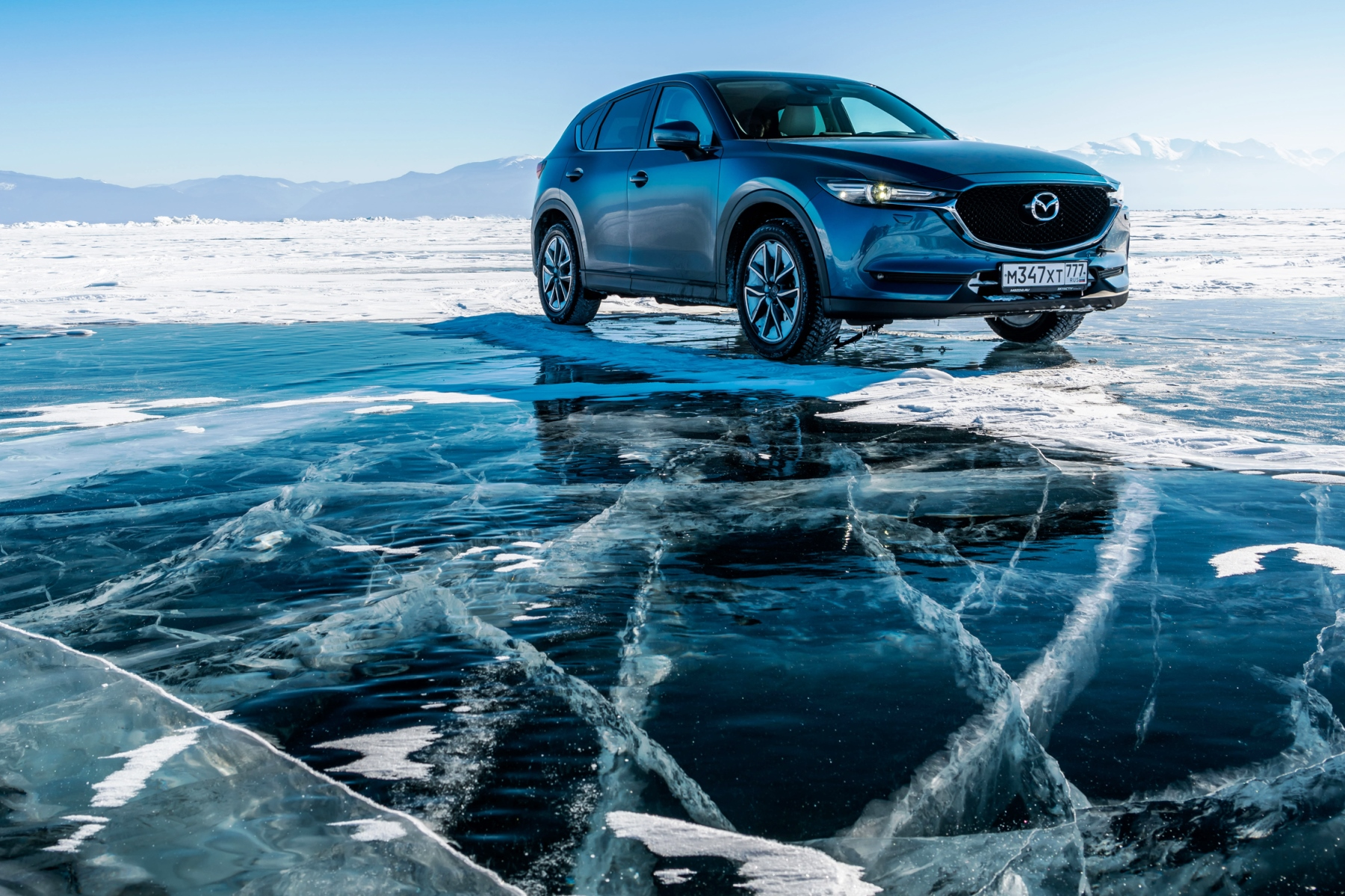 Mazda Conquering the World's Largest Lake - Freeze!