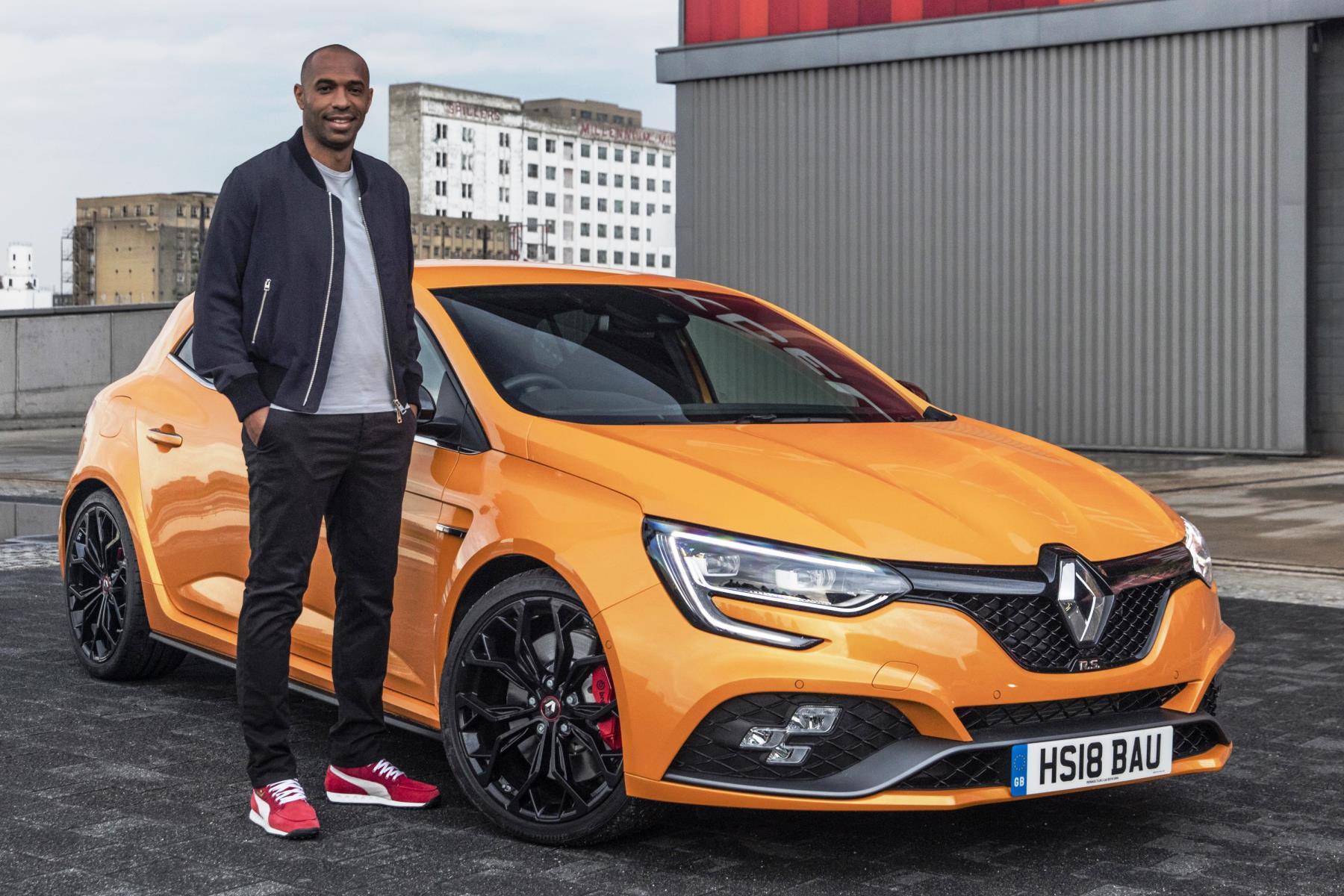 Va Va Voom is back - Thierry Henry returns to Renault (1)