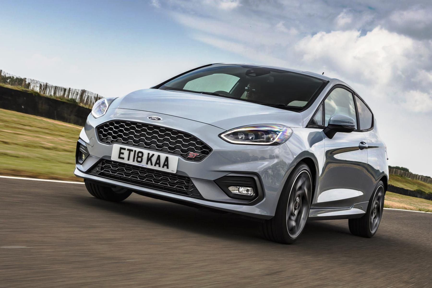 The Pocket Rocket That Is The Ford Fiesta St Has Been Crowned Parkers New Car Of The Year