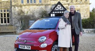 Fiat 500 winners Rosalind and Norman Cottee